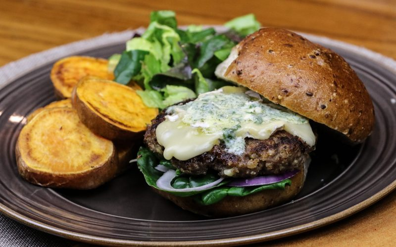 Cran Pesto Turkey Burgers