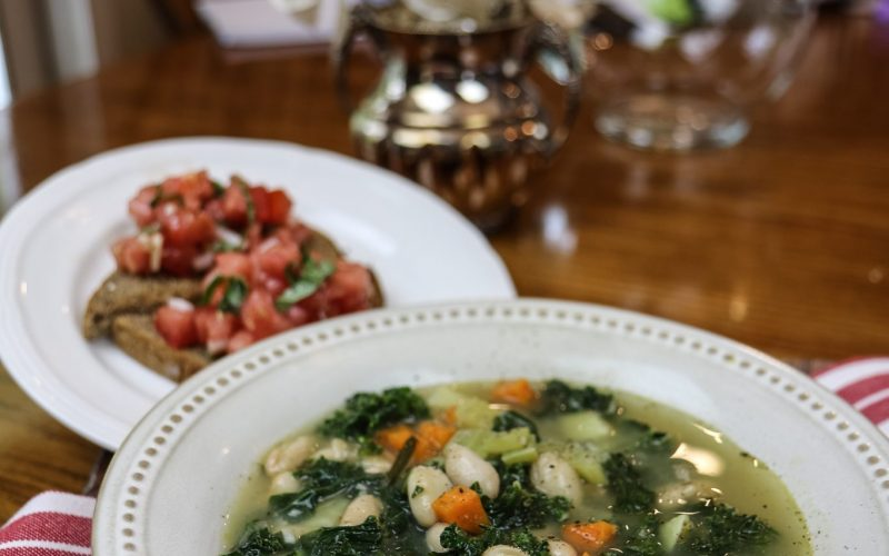 Tuscan Kale White Bean Soup