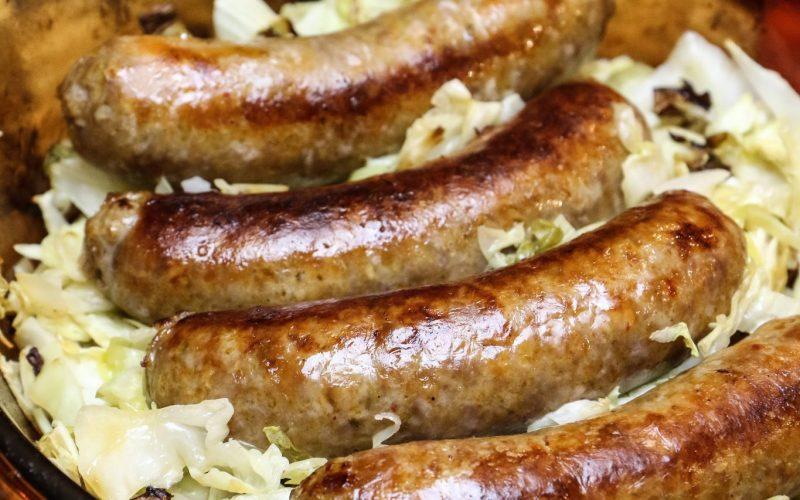 Italian Sausage with Cabbage & Apples